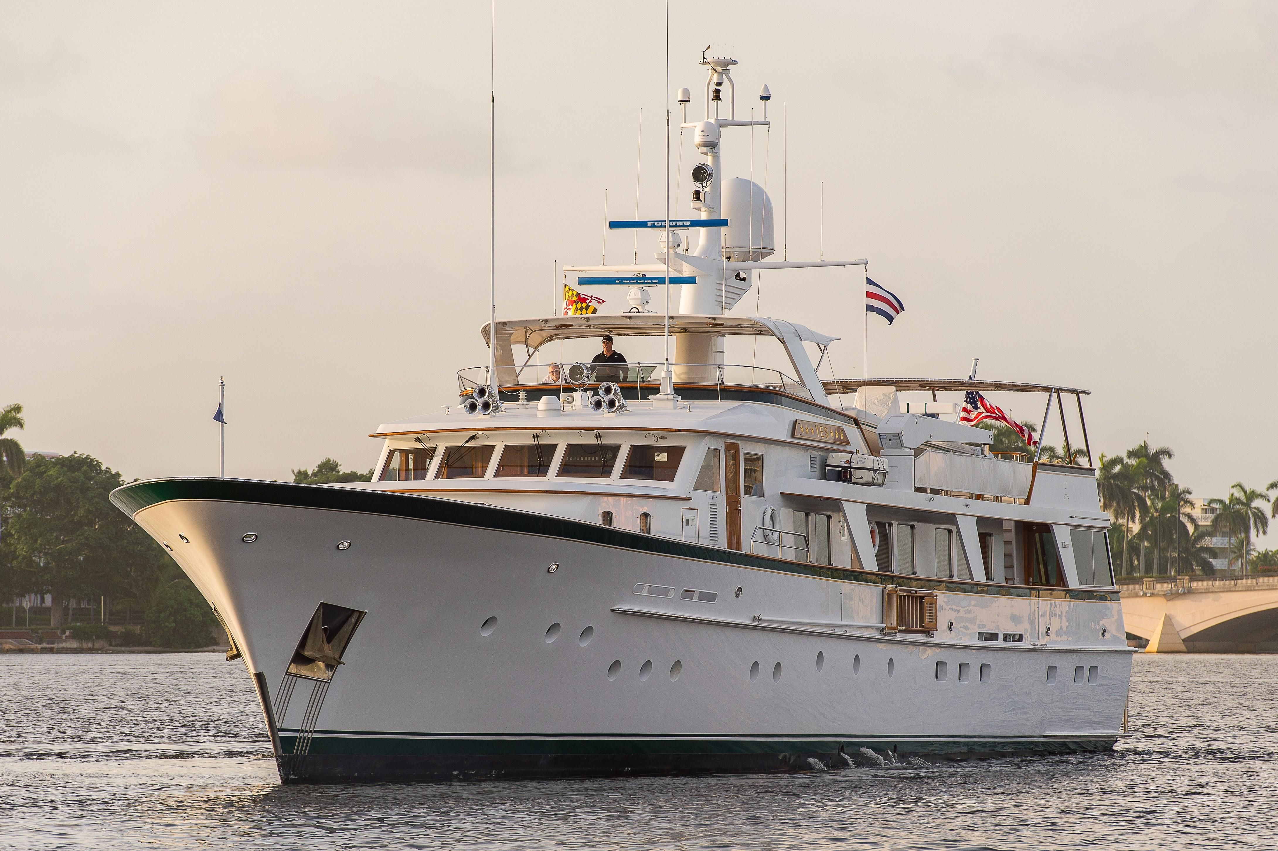 1982 feadship raised pilothouse motor yacht power boat for for Large motor yachts for sale