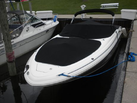 2004 Sea Ray 290 Bowrider