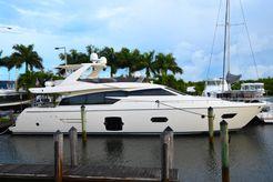 2013 Ferretti Yachts 72