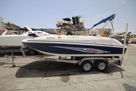 2012 Hurricane SunDeck Sport 188 OB