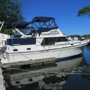 1988 Mainship 36 Double Cabin