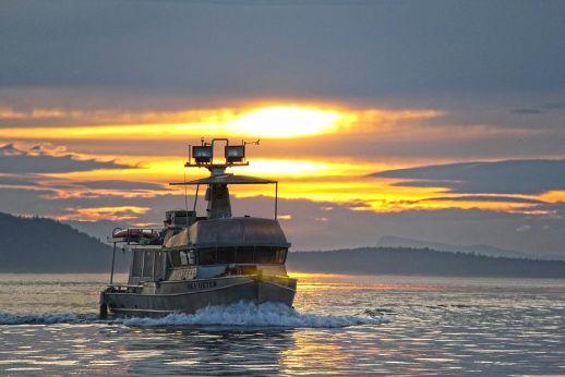 2005 Carlson Marine Trawler