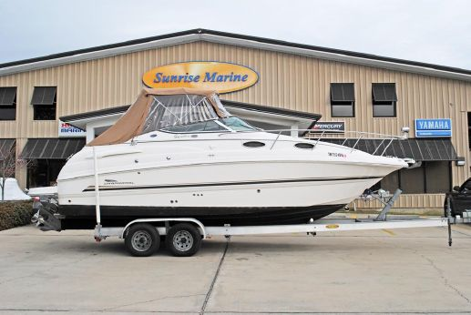 2004 Chaparral 260 Signature