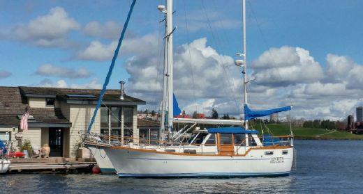 1985 Nauticat 33 Fin Keel
