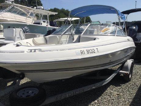 2004 Wellcraft 180 Sportsman