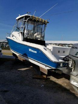 2003 Triton 2690 WA