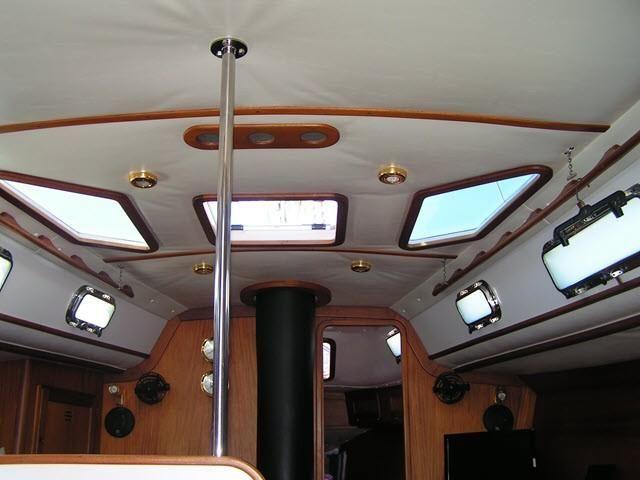 Freedom Yachts 40-40 Salon Interior Ceiling