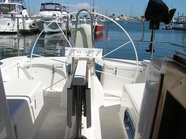 Freedom Yachts 40-40 Helm Wheel