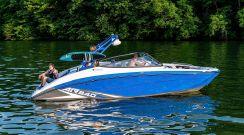 2020 Yamaha Boats AR 240