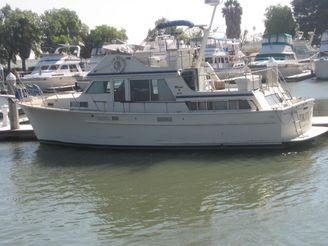1981 Tollycraft Cockpit Motoryacht