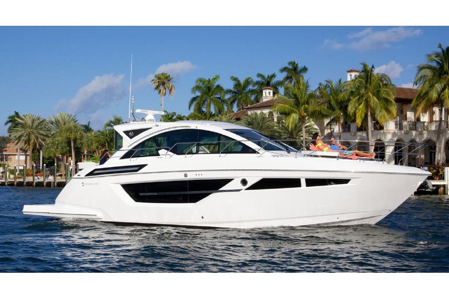 2020 Cruisers Yachts 50 Cantius Power Boat For Sale Www Yachtworld Com