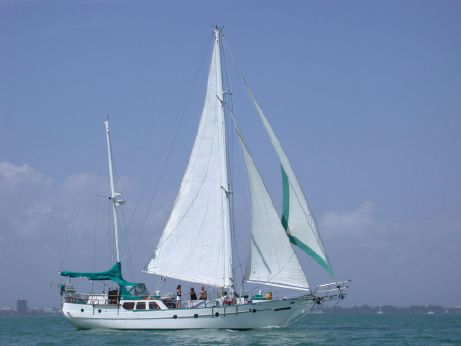 1987 Hudson Force 50 Ketch
