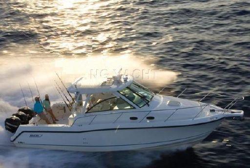 2011 Boston Whaler 345 Conquest Open
