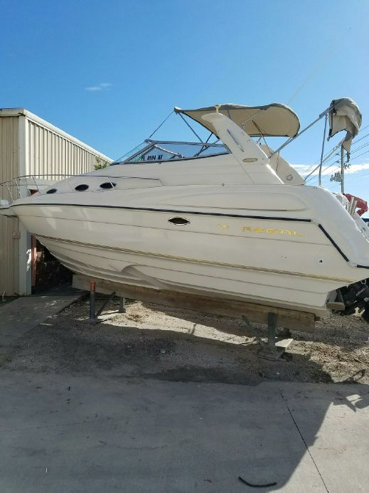 1998 Regal 2760 Commodore Power Boat For Sale - www.yachtworld.com on