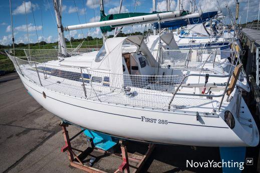 1984 Beneteau First 285