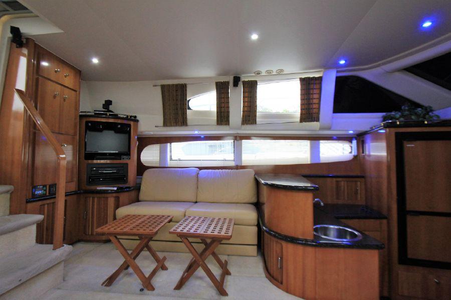 Carver 444 Cockpit Motor Yacht for sale