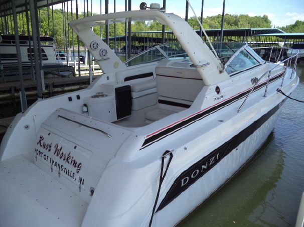 Eddyville (KY) United States  city photo : 1999 Donzi 3250 LXC Power Boat For Sale www.yachtworld.com