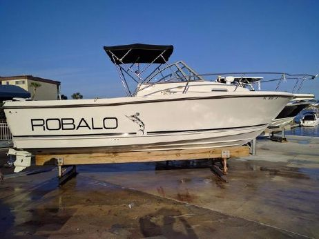 1996 Robalo Cuddy Cabin 2140 2140