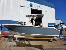 2020 Key West 244 Center Console