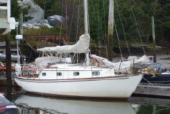 1981 Cape Dory 30