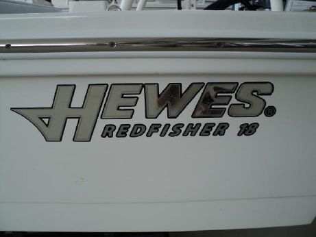 2016 Hewes Redfisher 18