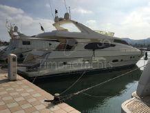 2003 Ferretti Yachts 730