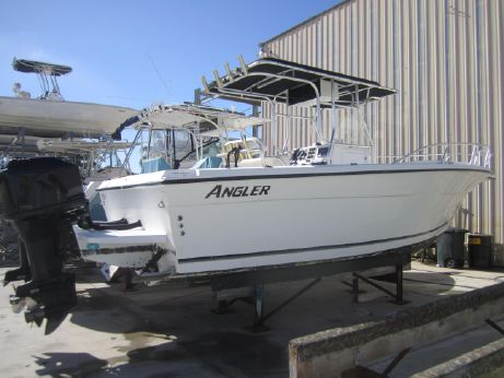 2001 Angler 252 Center Console