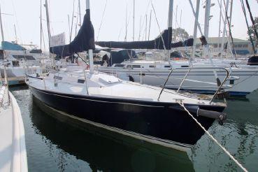 thumbnail photo 0: 2005 J Boats J/105