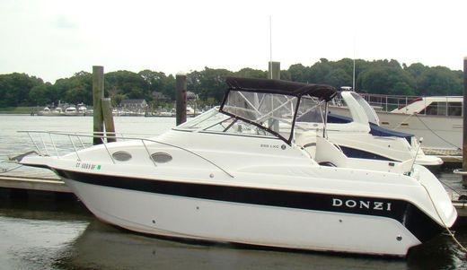 1998 Donzi 255 LXC