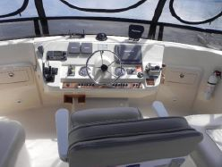 photo of  40' Mainship 400 Trawler