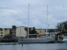2000 Topper Hermanson Island Cargo design