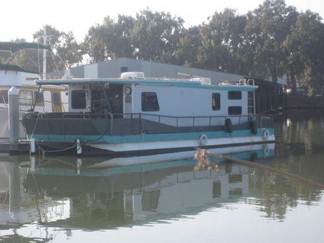 1984 Masterfab Houseboat