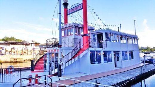 1960 Floating Bar / Restaurant