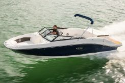 2020 Sea Ray SPX 230