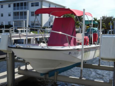 1994 Boston Whaler 19 OUTRAGE