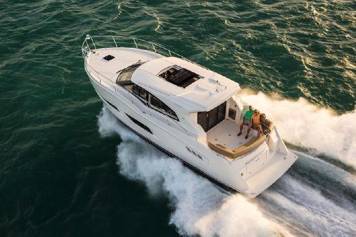 2016 Carver Yachts C43