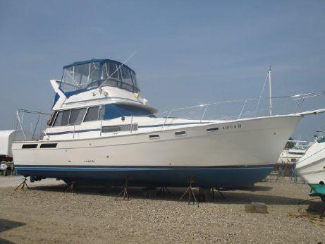 1985 Bayliner 3870 Motoryacht