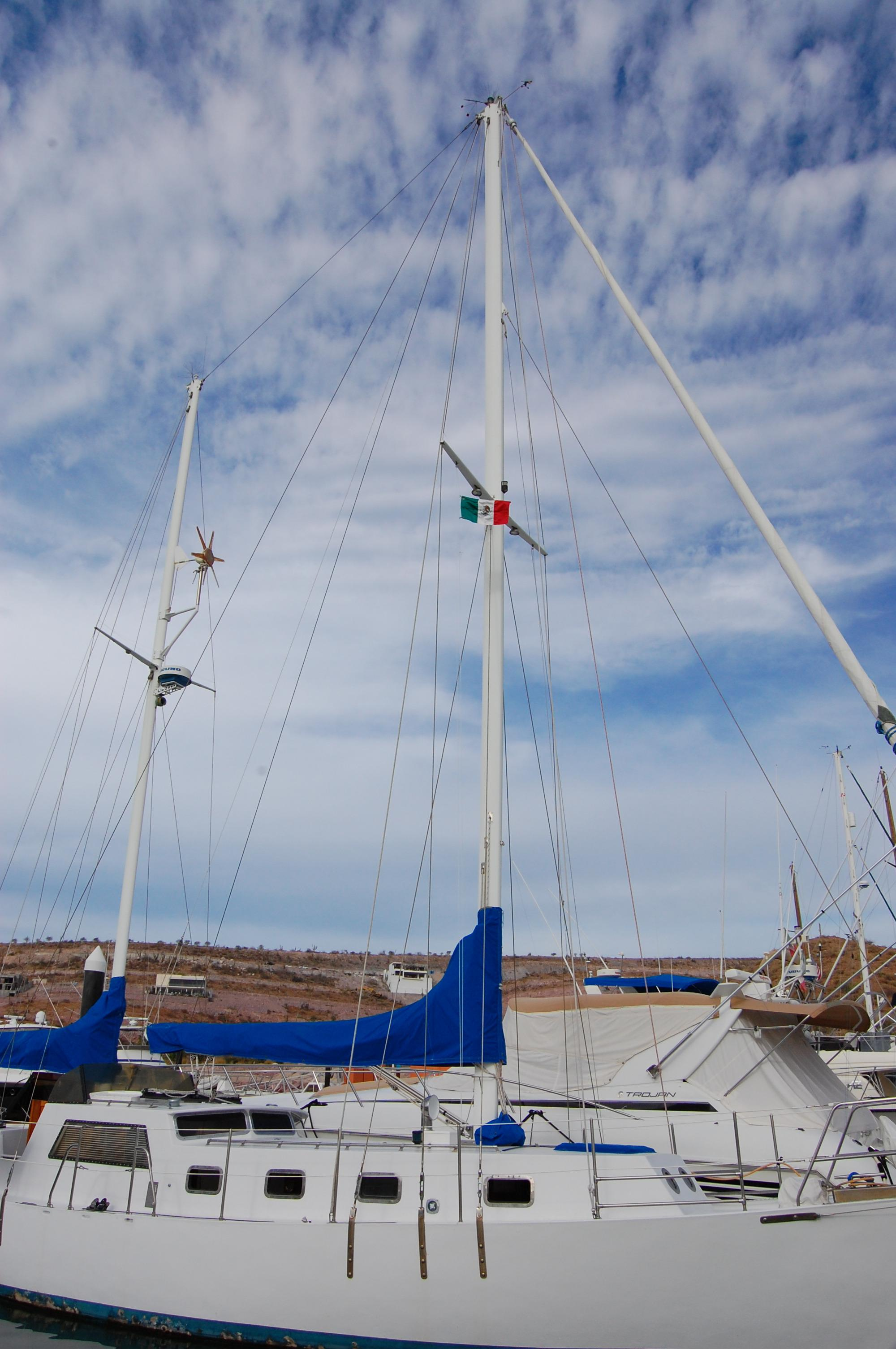 44' Custom C-Smoke Ferrocement Ketch+Anchor windlass