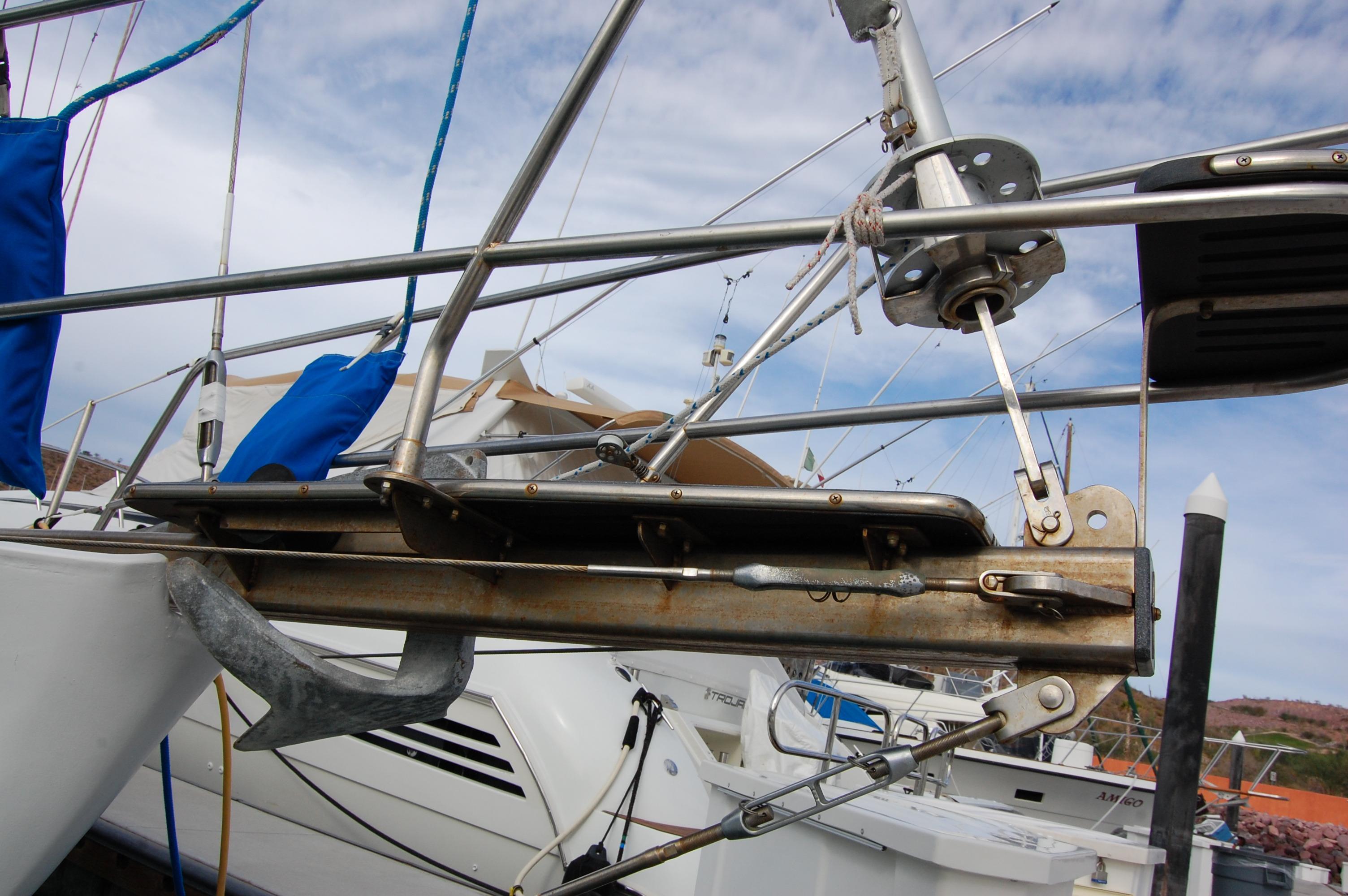 44' Custom C-Smoke Ferrocement Ketch+Looking aft on deck