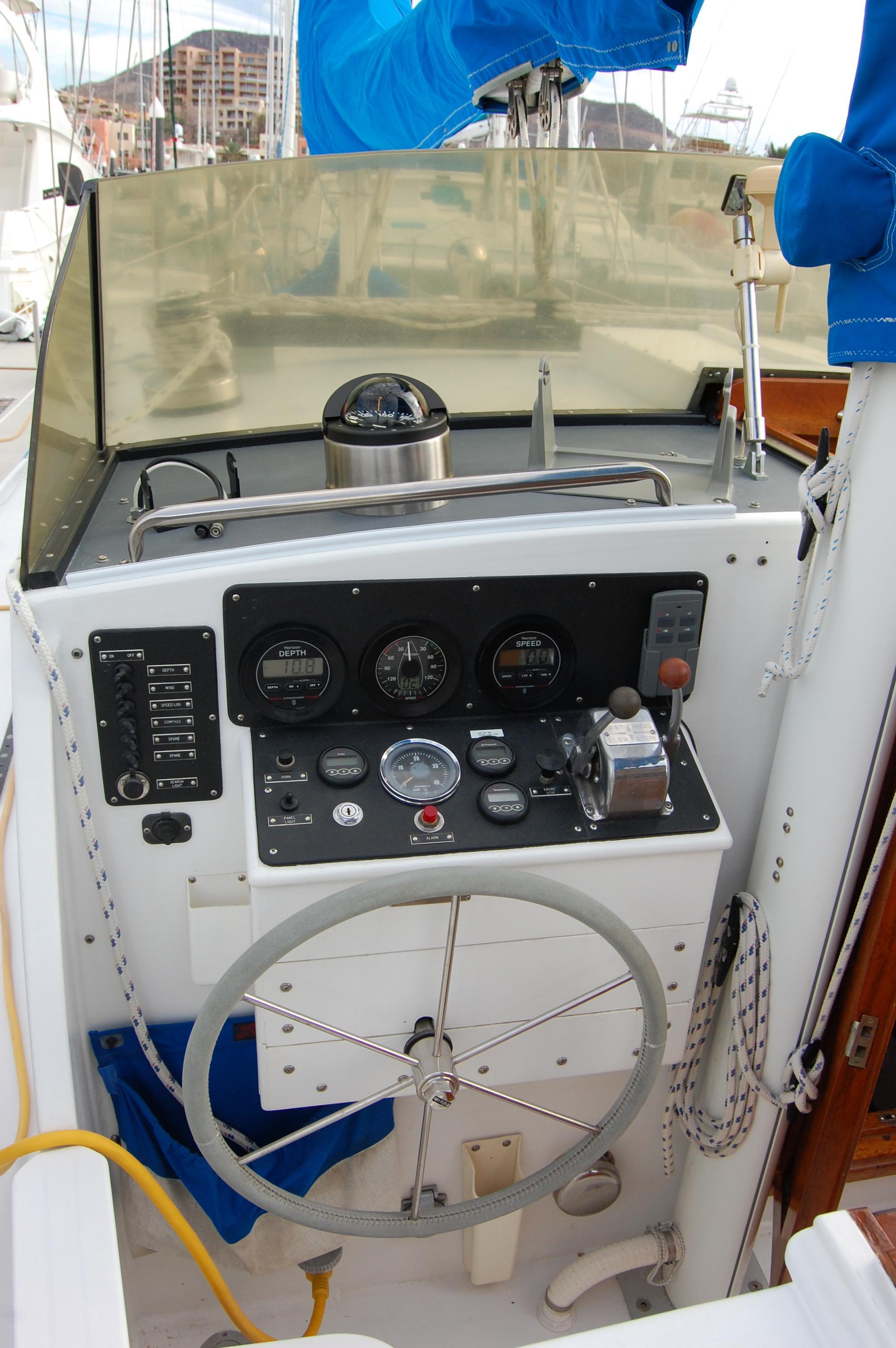 44' Custom C-Smoke Ferrocement Ketch+Deck between aft cabin and salon