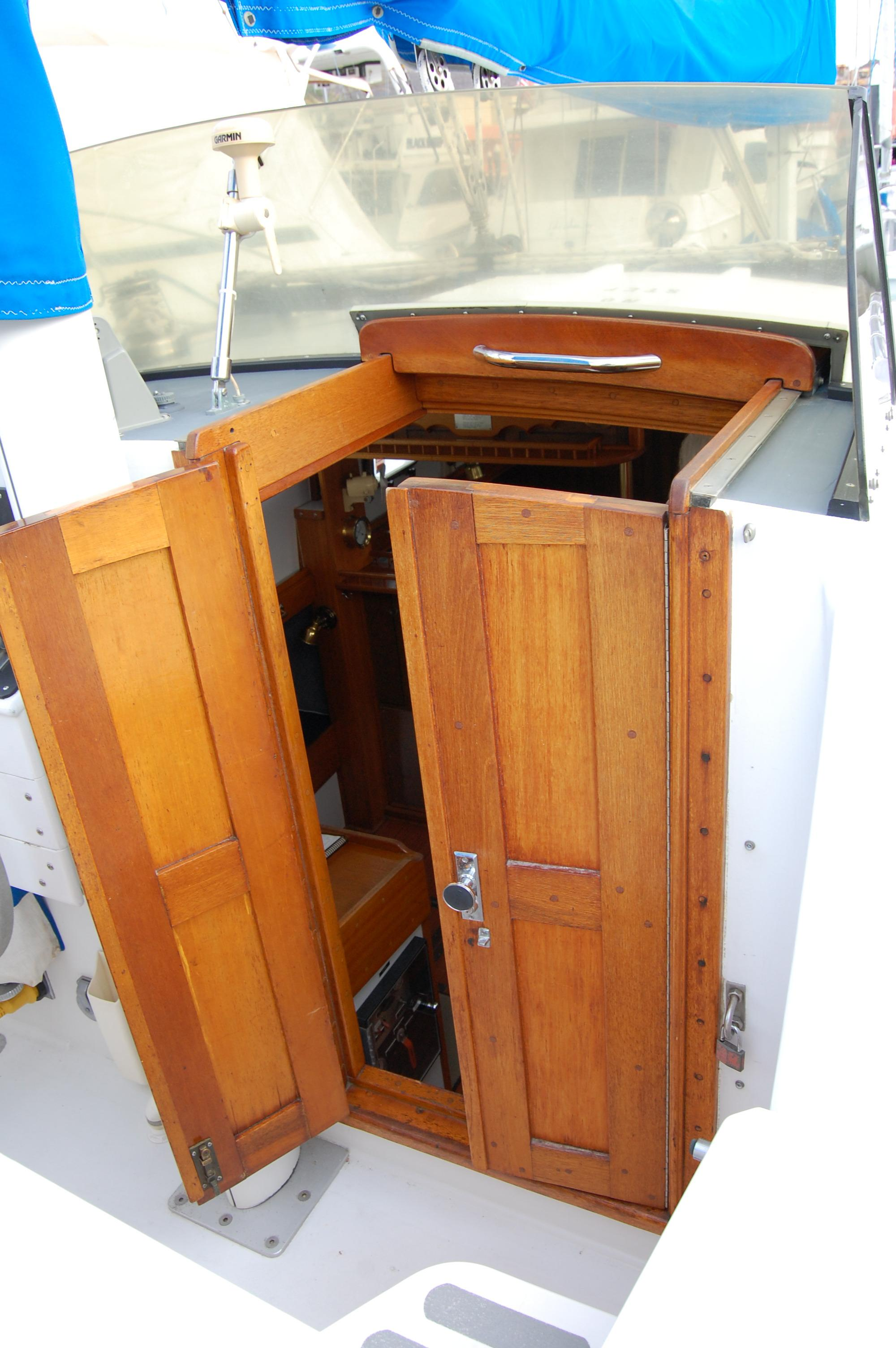 44' Custom C-Smoke Ferrocement Ketch+Lines in deck storage