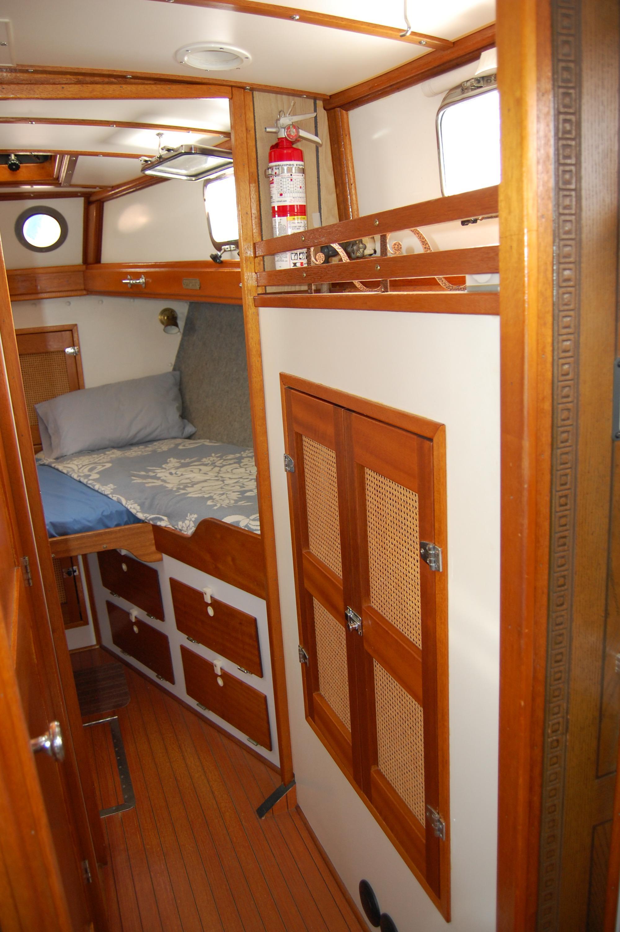 44' Custom C-Smoke Ferrocement Ketch+Fwd cabin