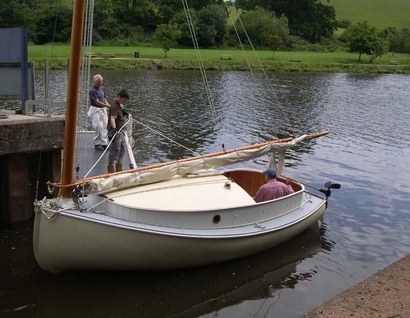 Modern take on a catboat. odyut