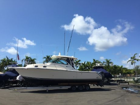 2014 Pursuit 345 Offshore