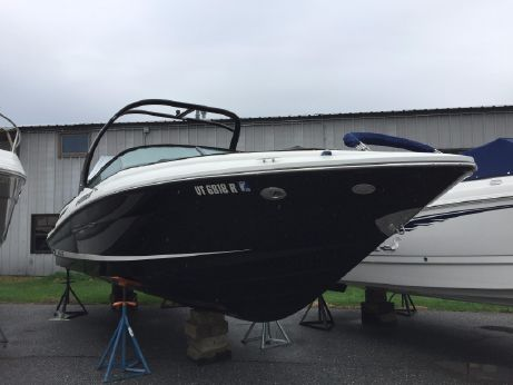 2015 Sea Ray 250 SLX