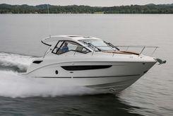 2020 Sea Ray Sundancer 350 Coupe