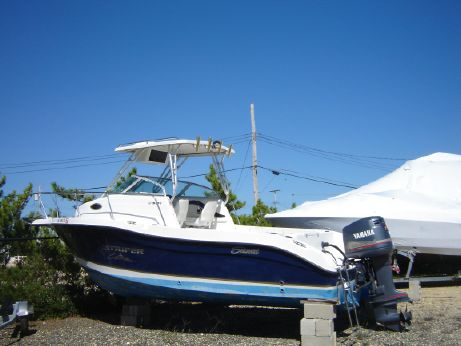 2004 Seaswirl Striper 2301 Walk Around O/B