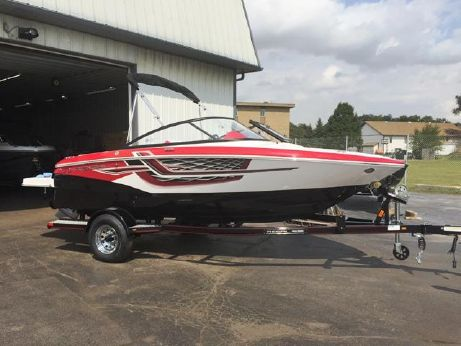 2018 Regal 1900 ESX Bowrider