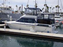 1990 Chris-Craft 372 Catalina