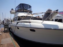 1990 Silverton Aft Cabin Motor Yacht